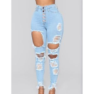 NWT Fashionnova Distressed Skinny Jeans/Frayed Hem